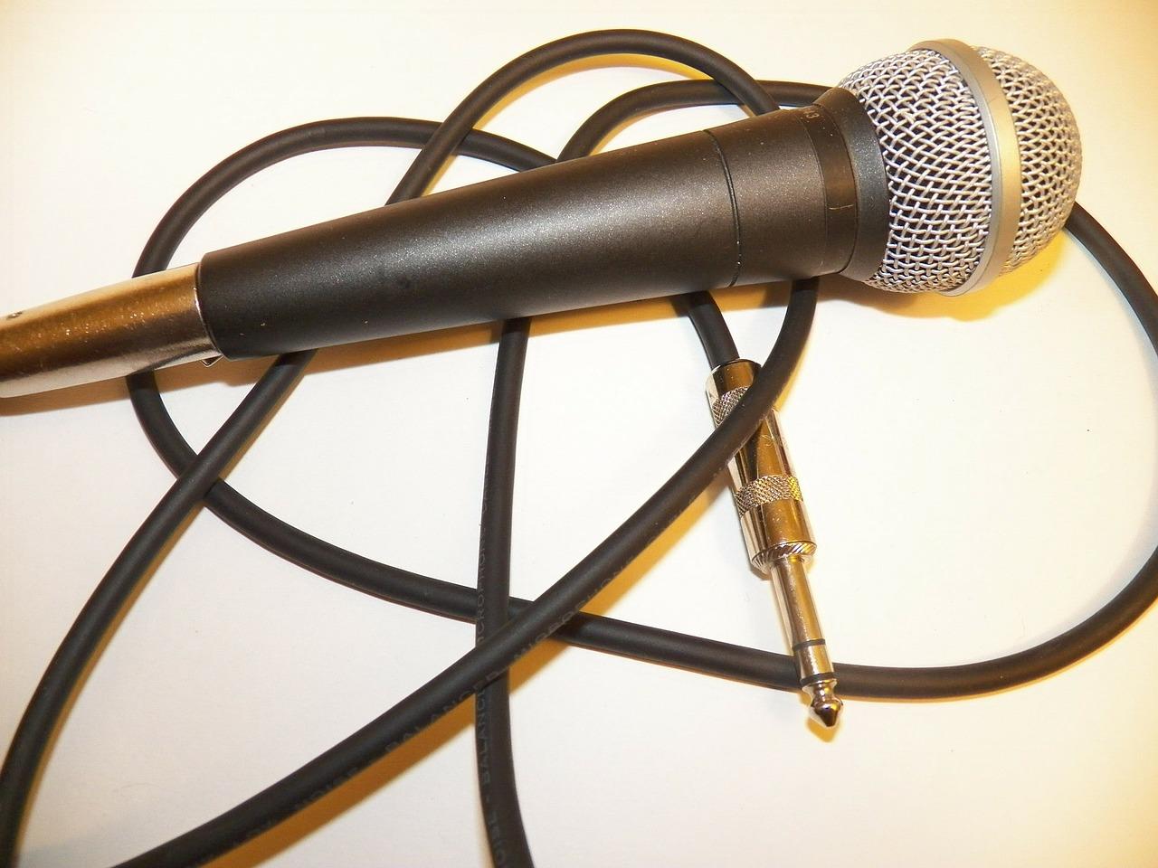 mic-72851_1280