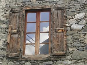 window-85529_640